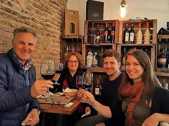 Fun Wine tasting city centre Malaga